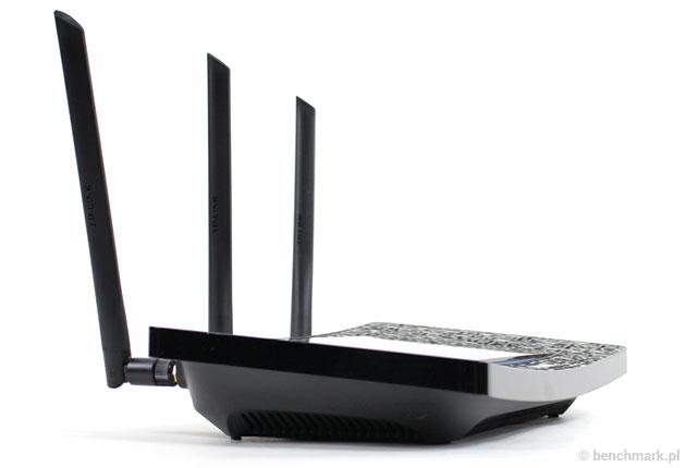 router TP-Link Touch P5 obsługuje standard 802.11ac i obydwie częstotliwości 2,4GHz oraz 5GHz