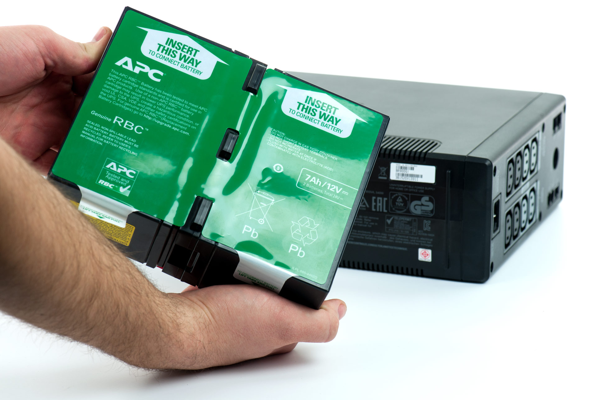 APC model Back-UPS Pro 900 - bateria