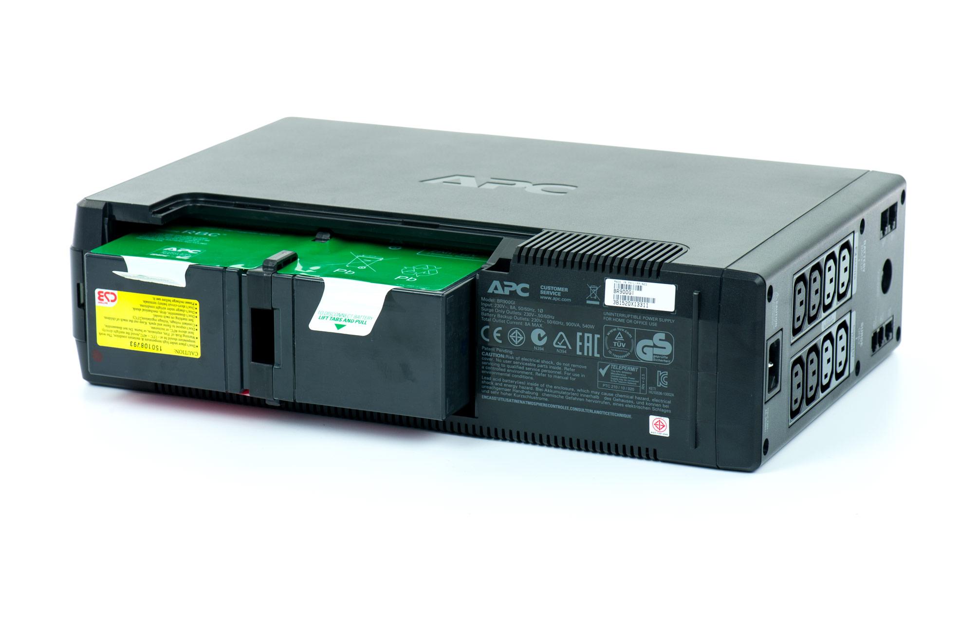 APC model Back-UPS Pro 900 - podłączenie baterii