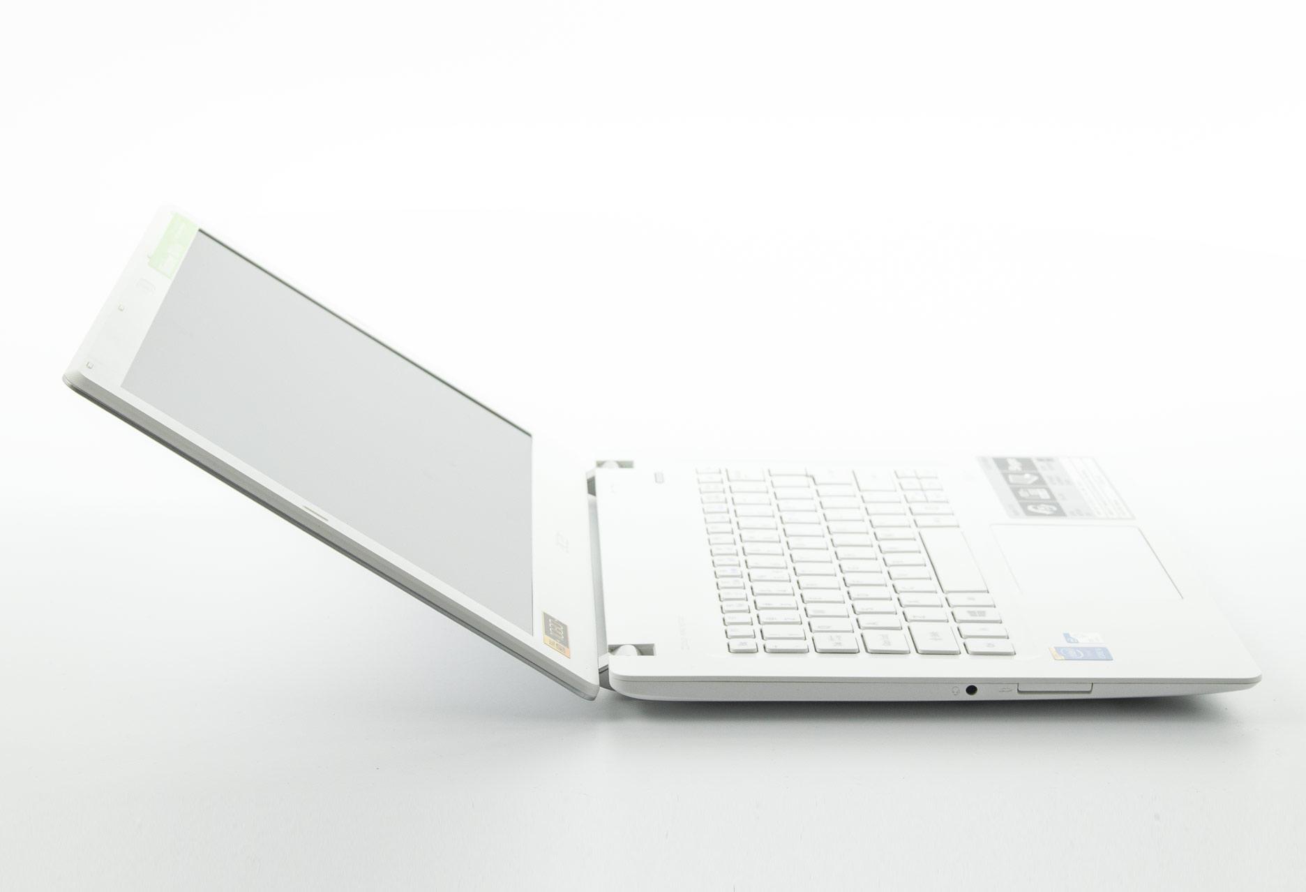 Acer Aspire V3-371-55EH ekran