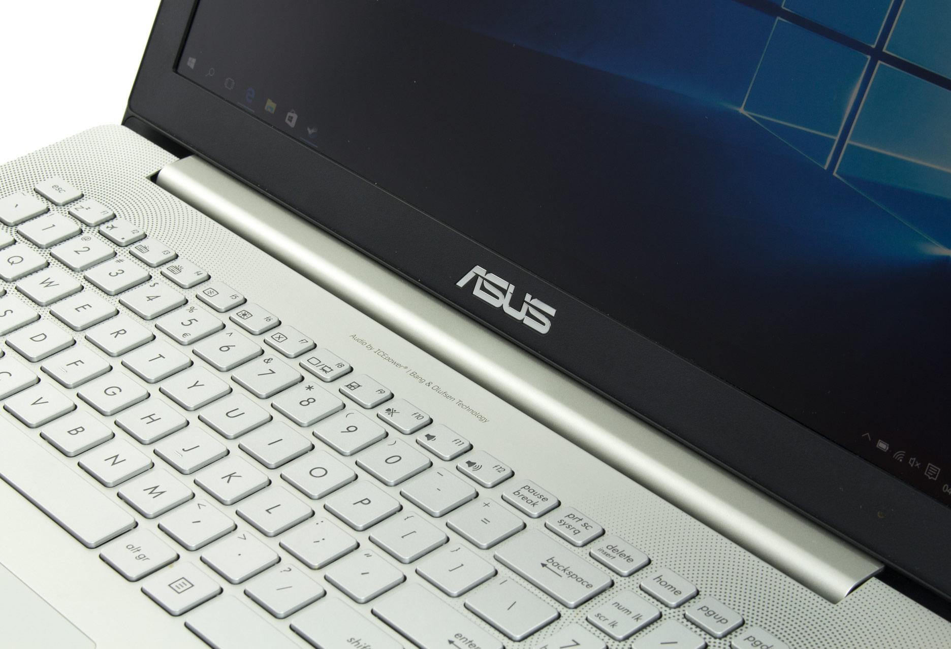 Asus Zenbook Pro UX501 zawias