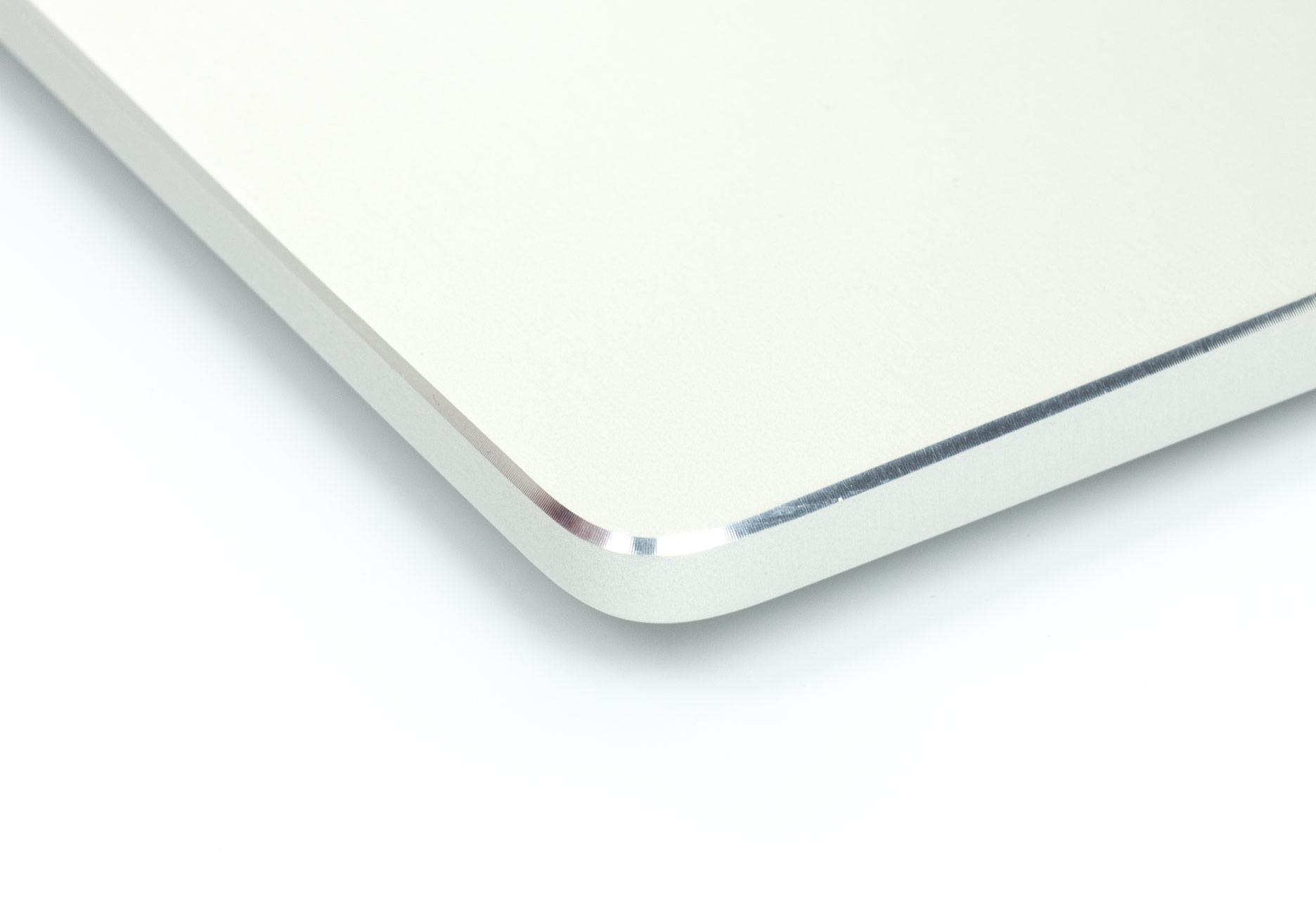 Asus Zenbook Pro UX501 krawędź