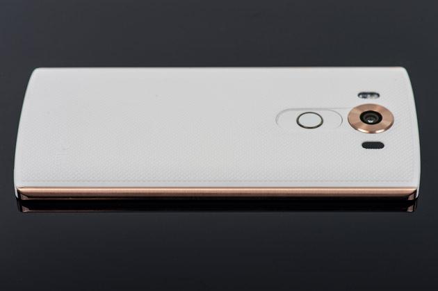 LG V10 - plewy bok