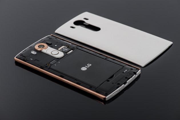 LG V10 - wymienna bateria