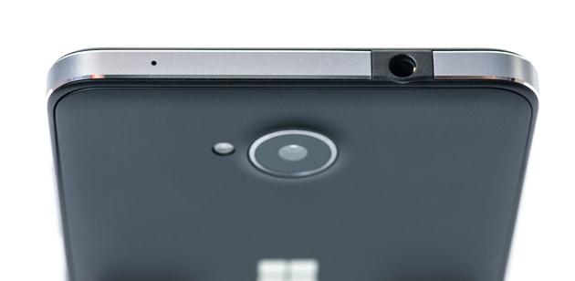 Microsoft Lumia 650 - wyjście słuchawkowe