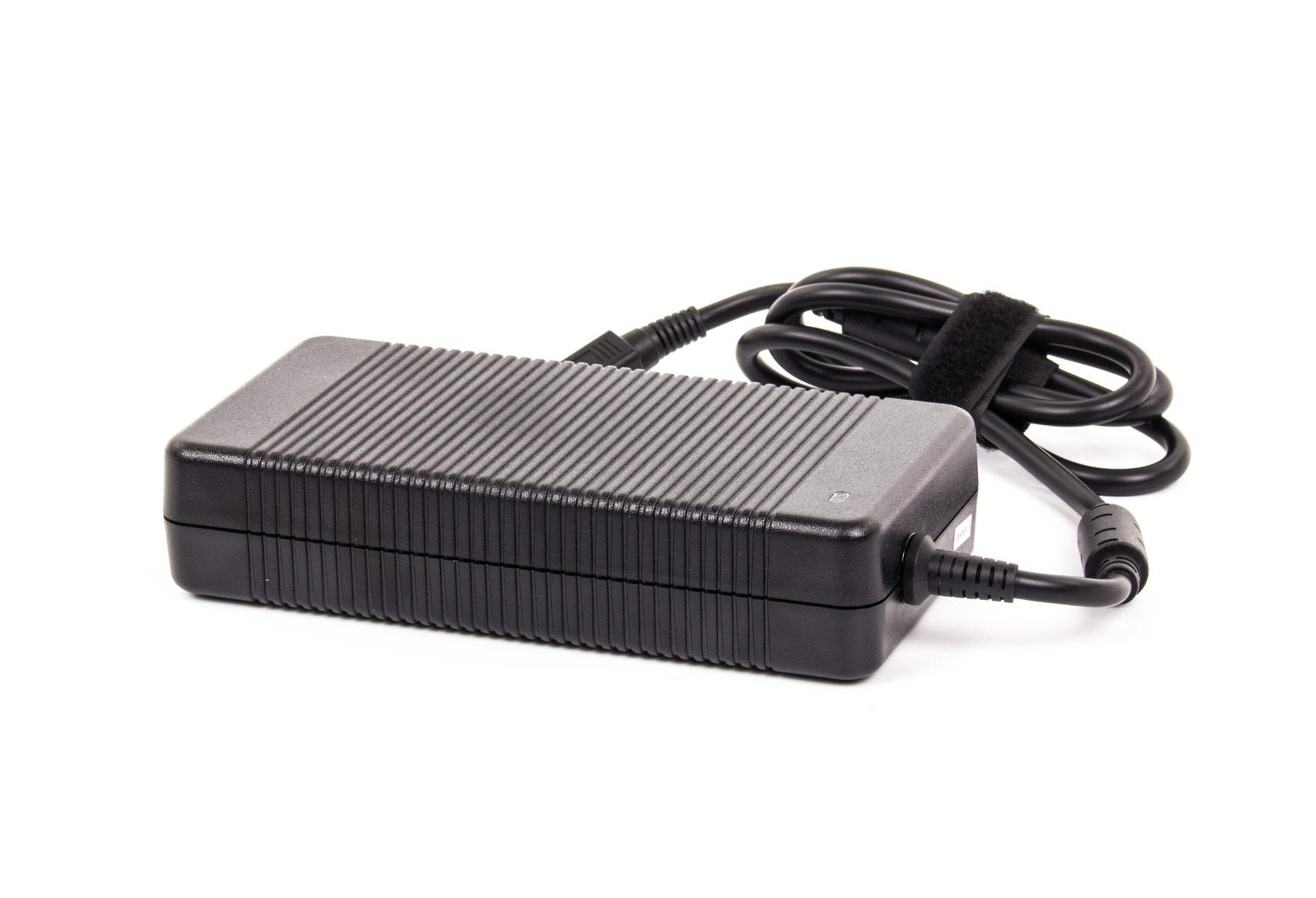 Hyperbook X77DM-G zasilacz