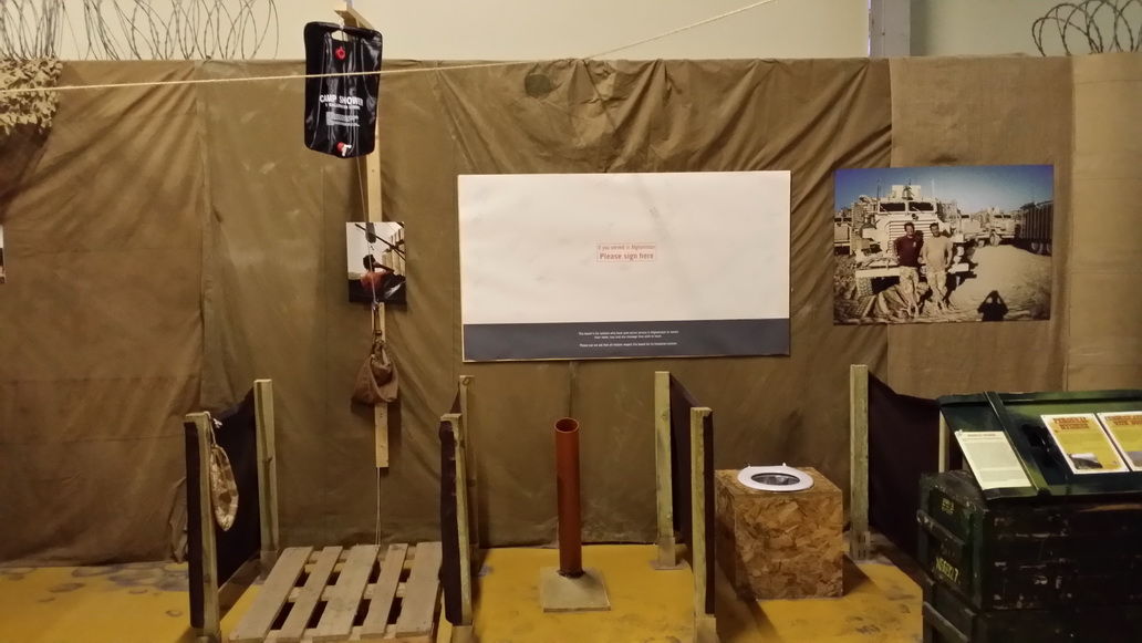 Spotkanie z Wargaming w muzeum w Bovington - sanitariaty z Afganistanu
