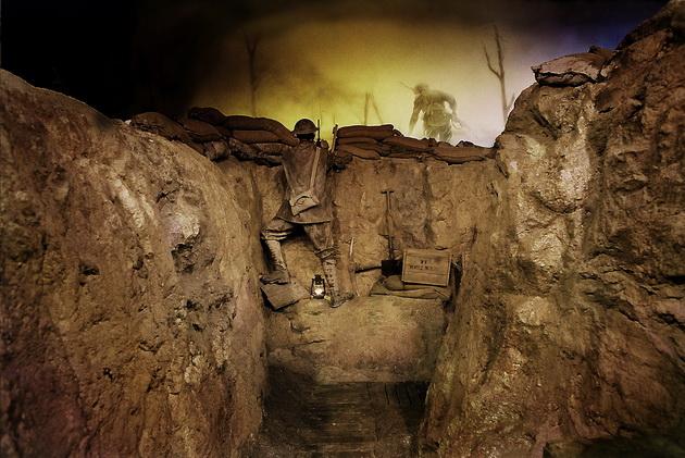 Spotkanie z Wargaming w muzeum w Bovington - trench experience