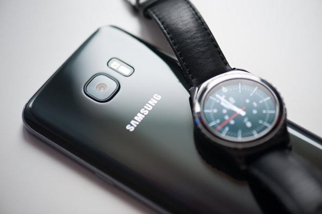 Samsung Galaxy S7 - z zegarkiem