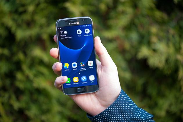 Samsung Galaxy S7 - przód
