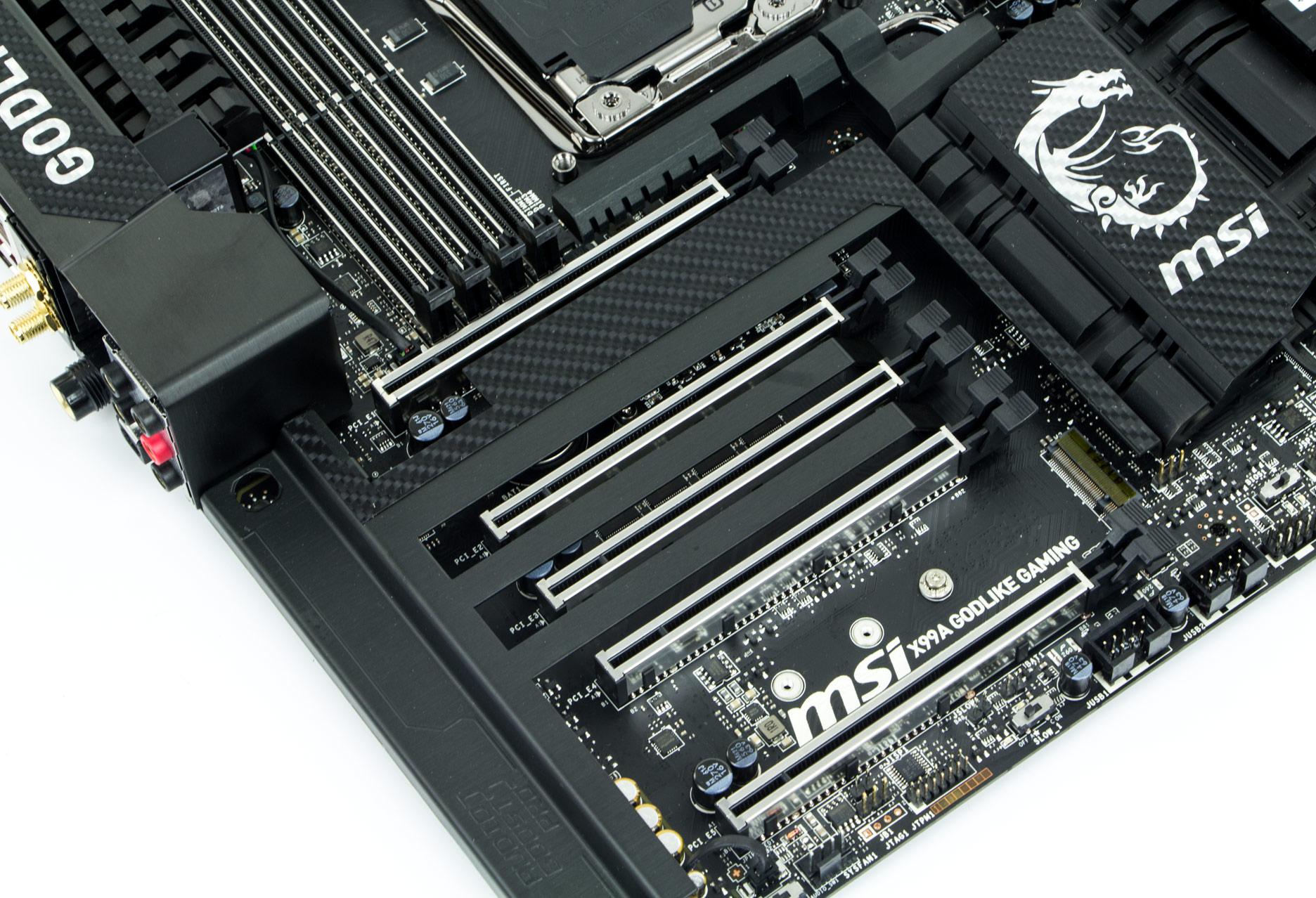Msi X99a Godlike Gaming Carbon Jest Moc Producent Udostpni Nam Pi Slotw Pci Express X16 Oczywicie W Wersji 30 Zadbano O Obsug Technologii Sli I Cfx Rwnie Najwydajniejszej