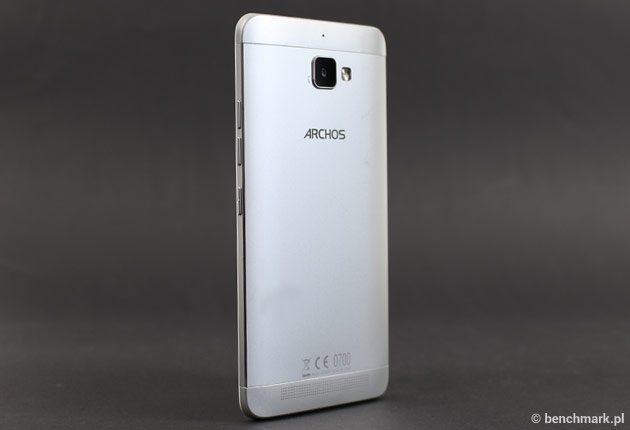 Archos Diamond Plus smartfon