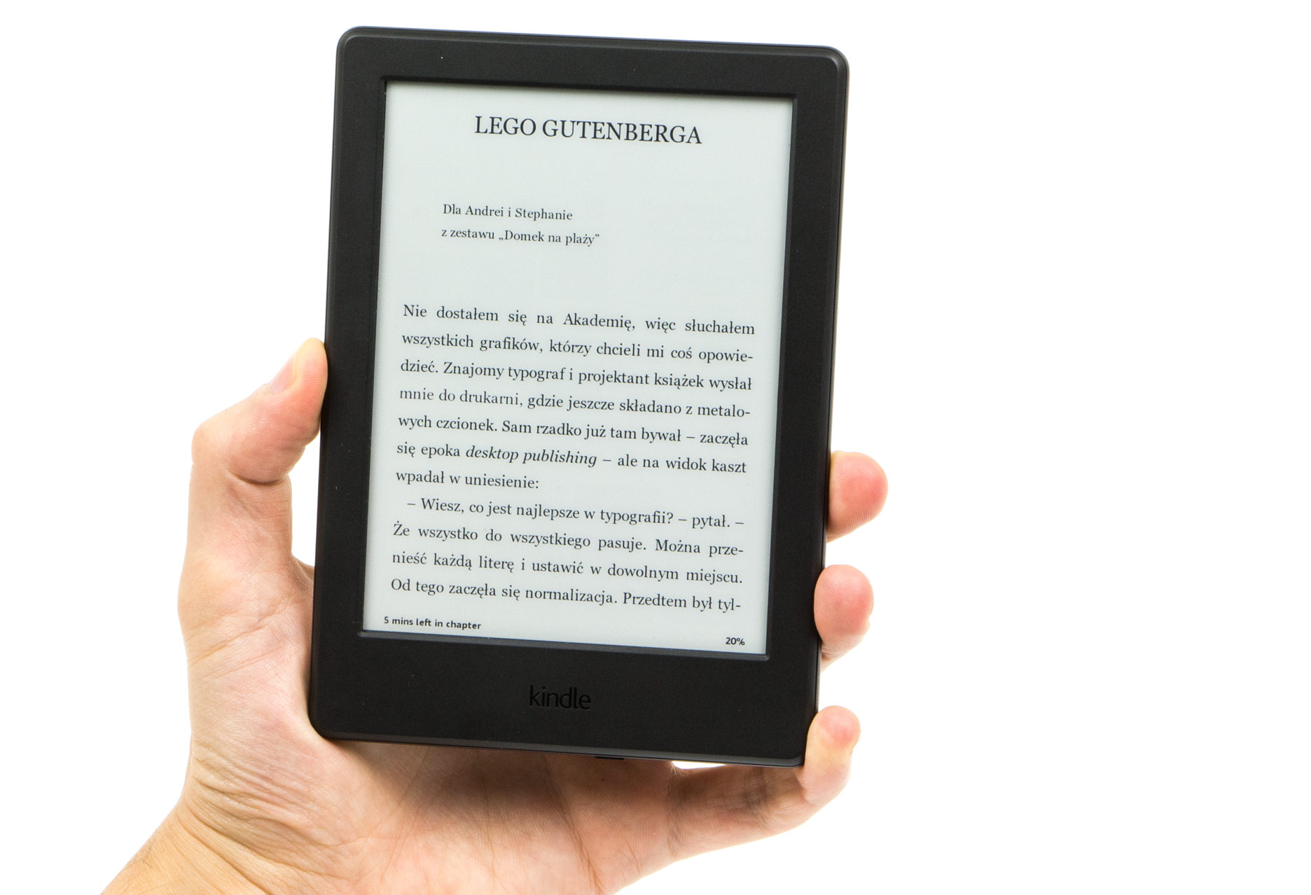 Kindle 8 w ręce