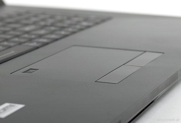 Hyperbook GTR87 VR SLI touchpad