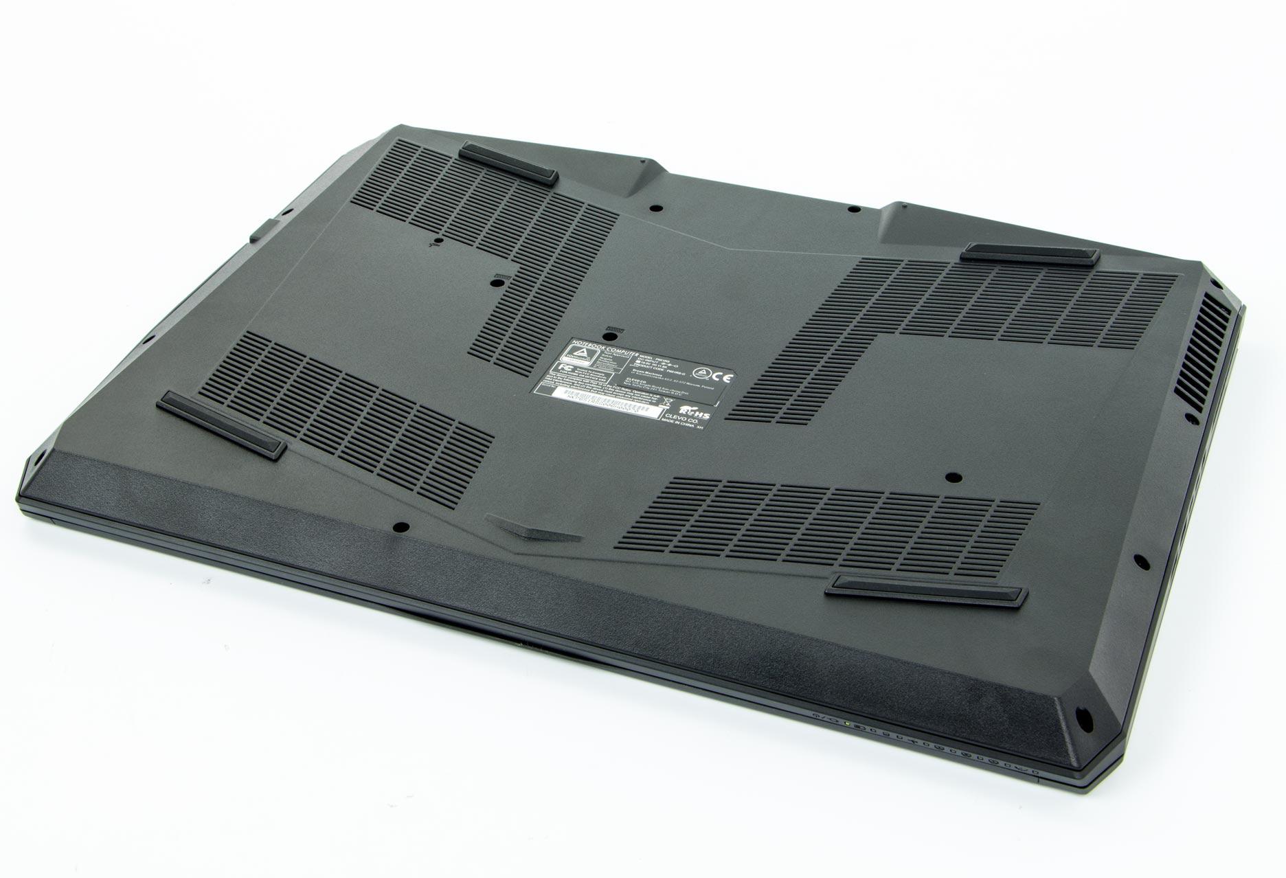 Dream Machines G1070-15PL12 spód obudowy