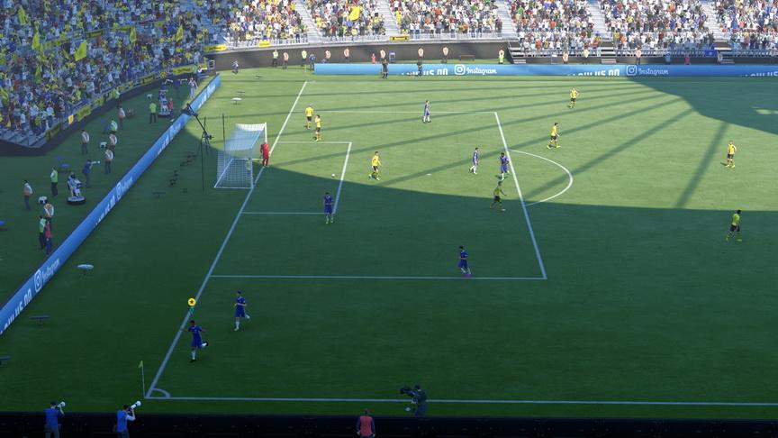 FIFA 17 - Alex do narożnika