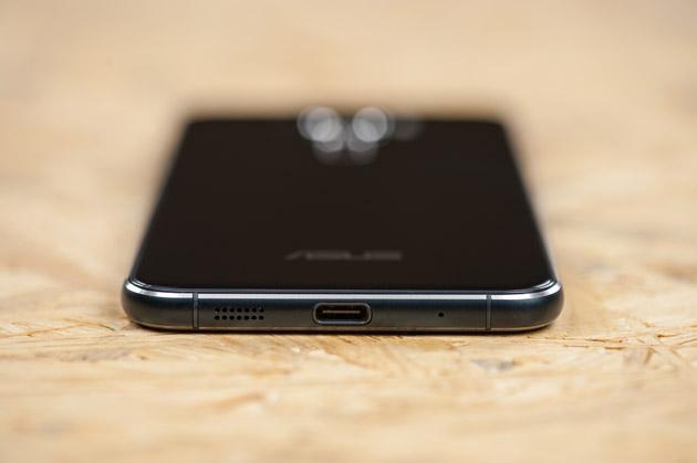 Asus ZenFone 3 złącze USB