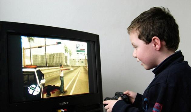 Rodzice dzieci grających w GTA będą zgłaszani na policję