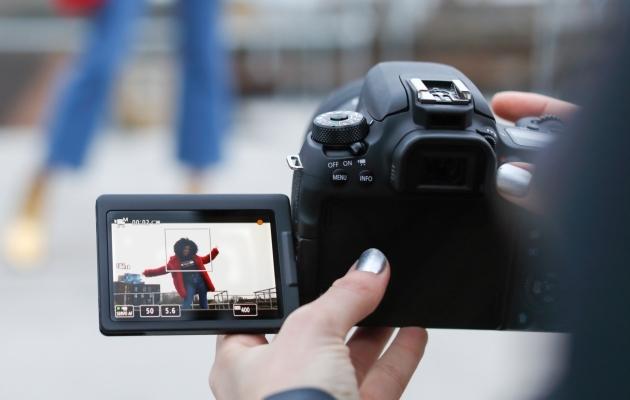 Canon EOS 77D fotografowanie