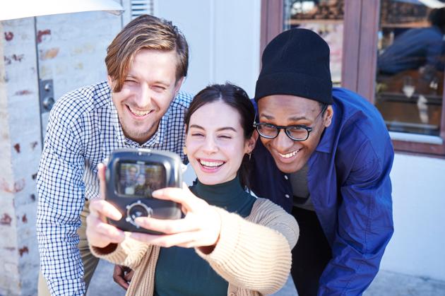 Fujifilm instax SQ10 selfie