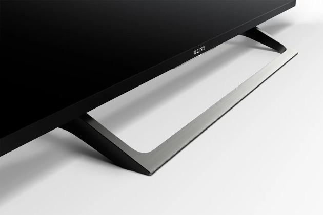Sony XE70 styl