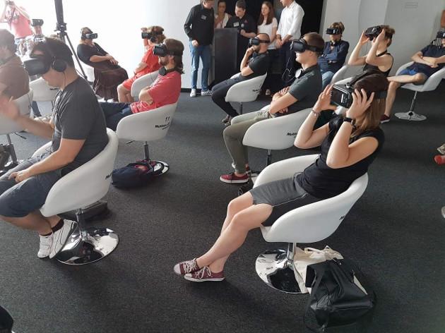 Multikino VR ludzie