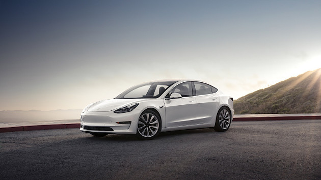 Tesla Model 3 auto