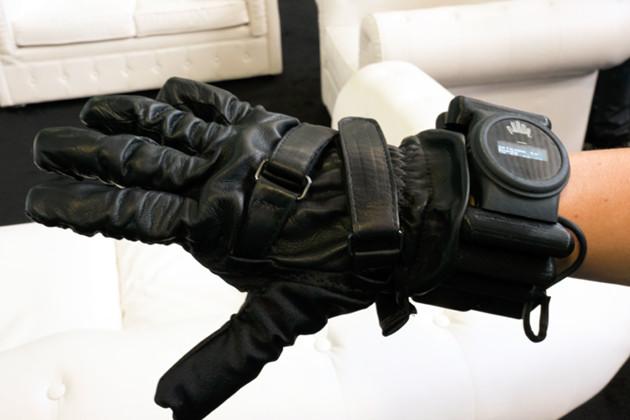 Nuada rękawiczka