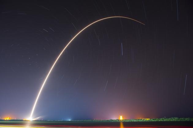 SpaceX start rakiety