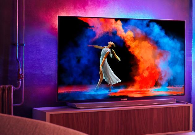 Philips OLED 973 telewizor Ambilight