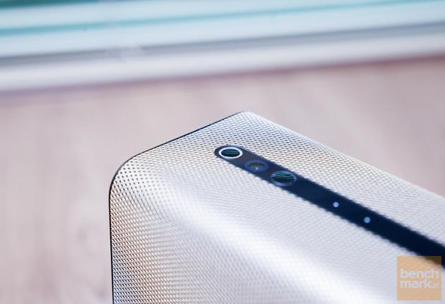 Sony Xperia Touch widok góra bok