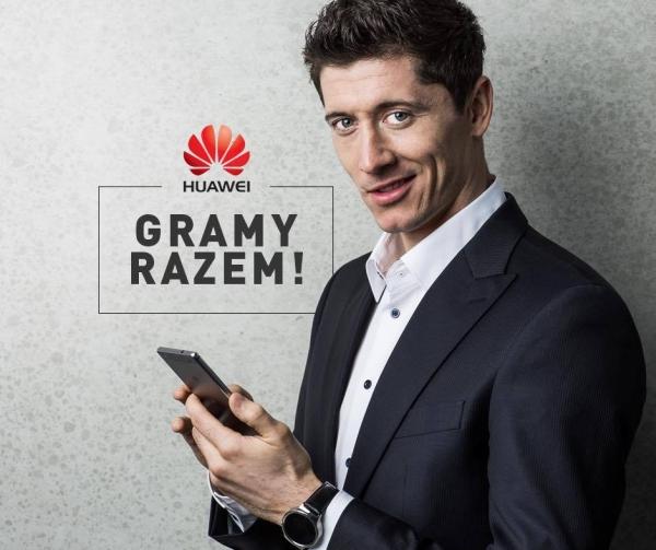 Huawei Mate 10 Lite z podpisem Roberta Lewandowskiego