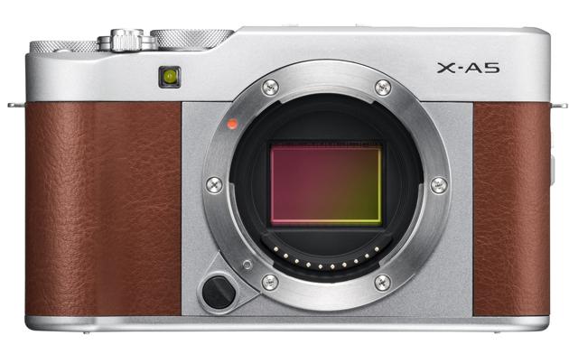 Fujifilm X-A5 przód sensor
