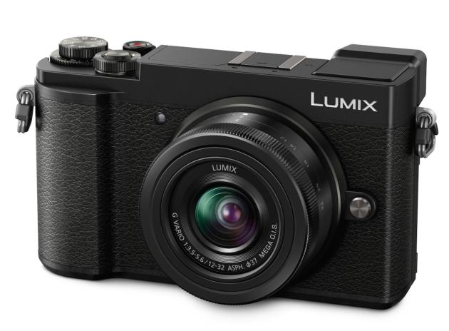 Panasonic Lumix GX9 widok przód bok