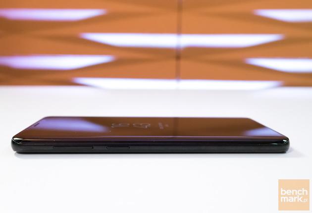 Samsung Galaxy S9+ lewa krawędź