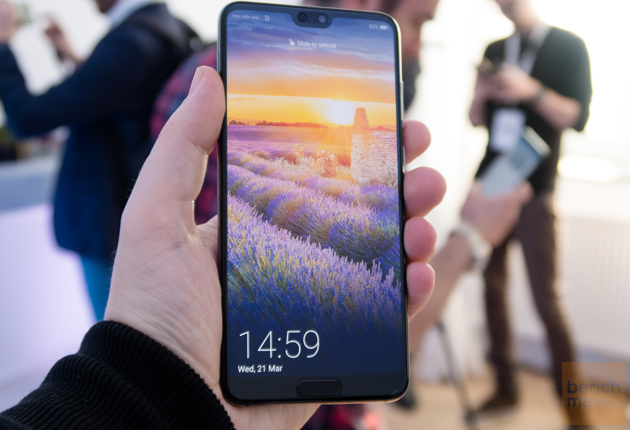 Huawei P20 Pro dłoń