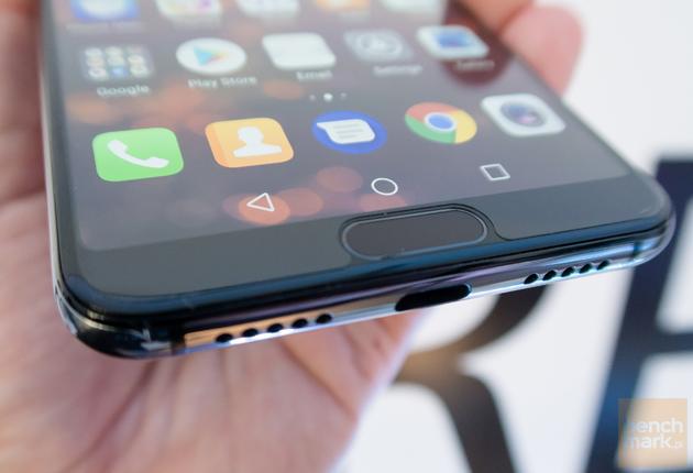 Huawei P20 Pro czytnik z bliska