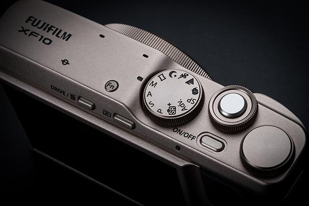 Fujifilm XF10 pokrętła kontrolne