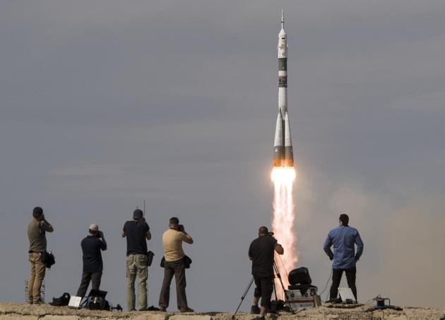 Sojuz MS-09 start