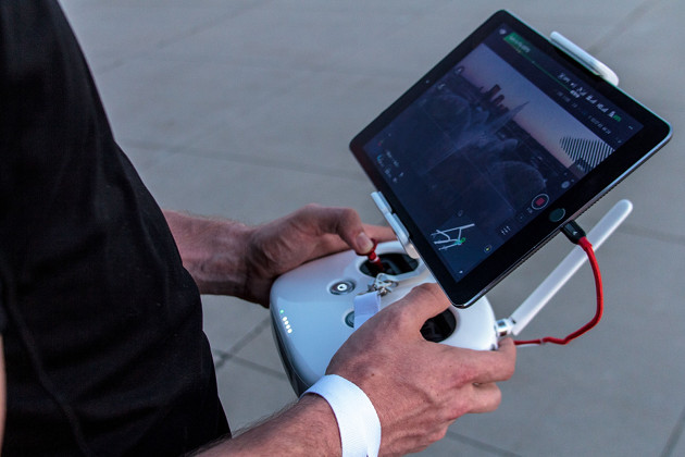 Tauron dron kontroler