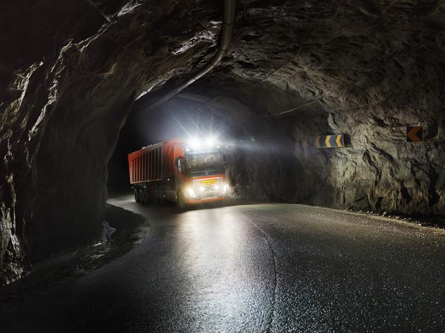 Volvo FH16 tunel