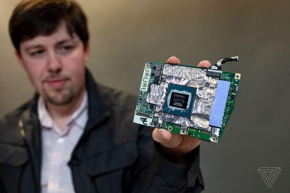 Alienware Area-51m - GeForce RTX 2080 w wersji DGFF