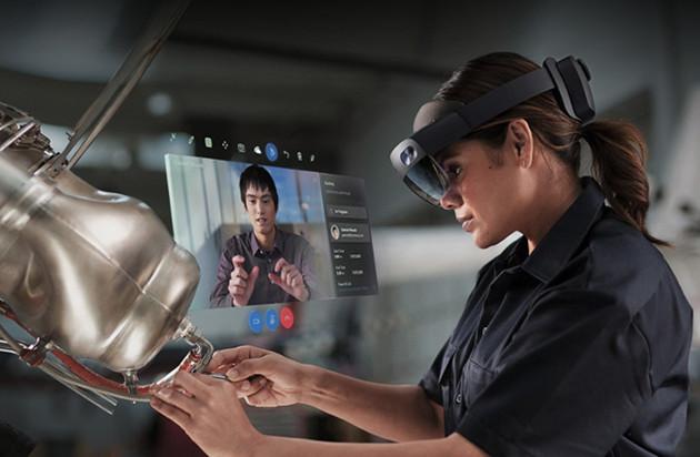 HoloLens 2 praca