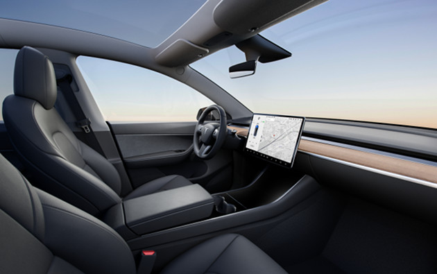 Tesla Model Y wnętrze