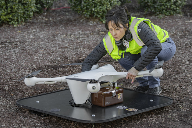 UPS dron dostawa