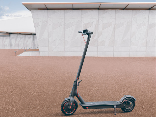 Xiaomi Mi Electric Scooter Pro wygląd