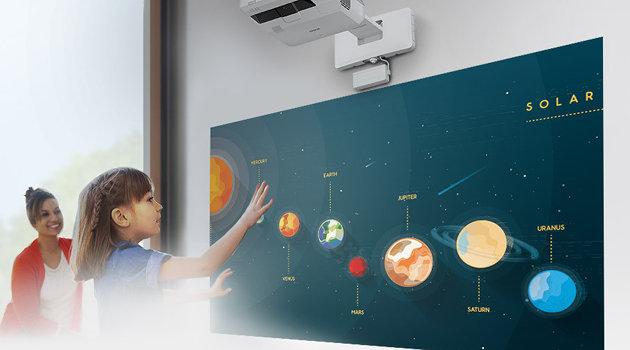 projektory interaktywne w edukacji - Epson EB-711