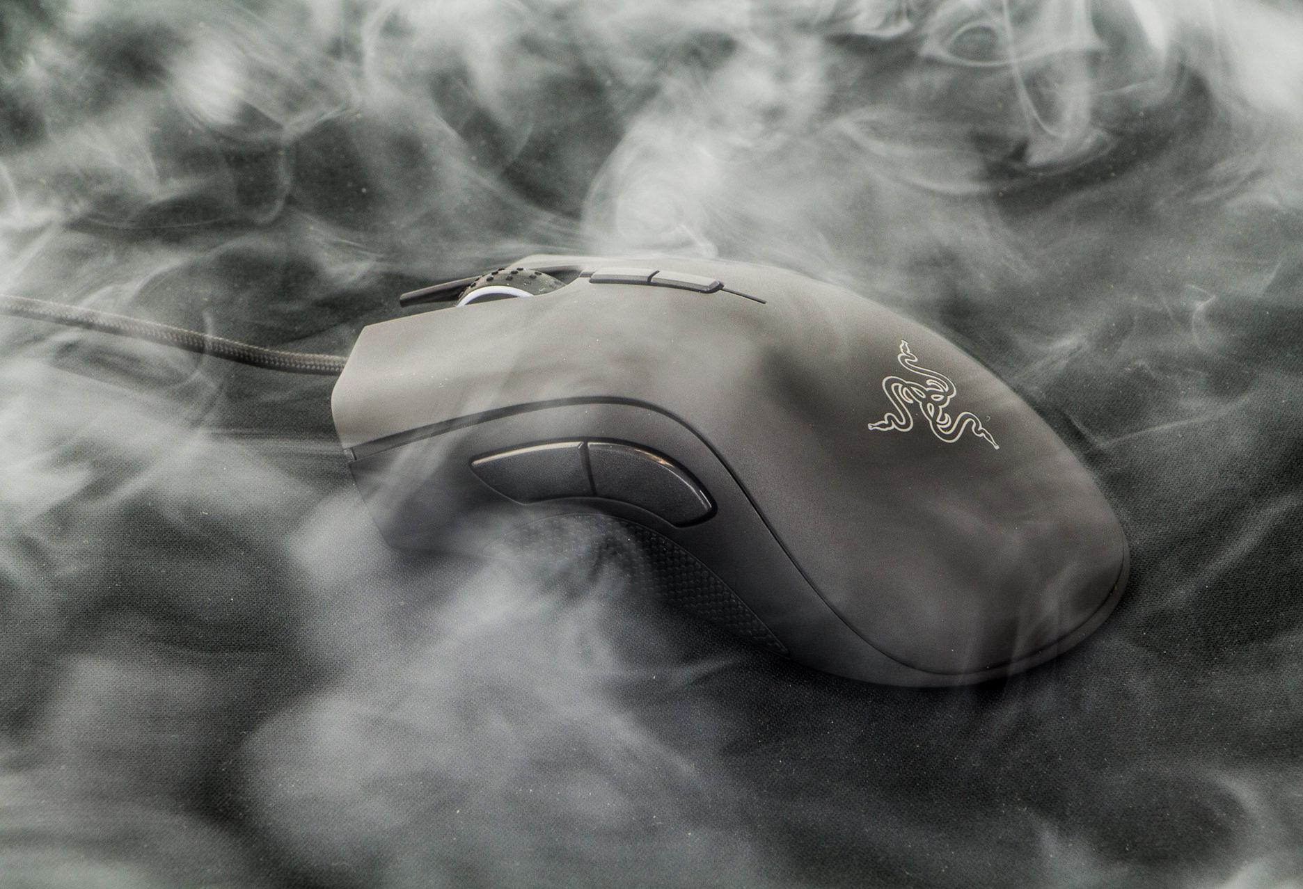 Razer DeathAdder Elite - w obłokach dymu