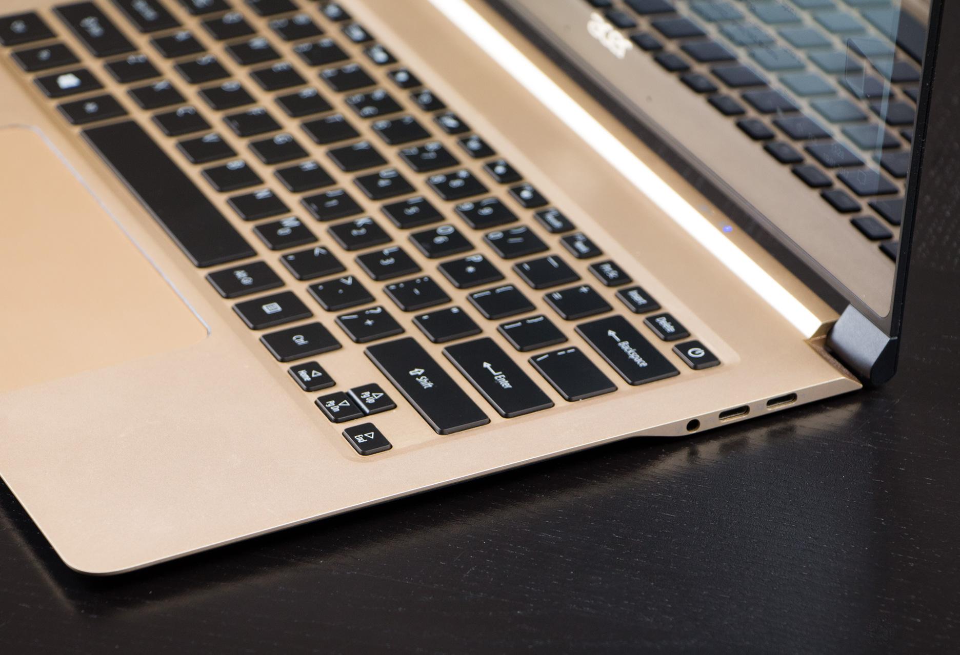 Acer Swift 7 prawy bok