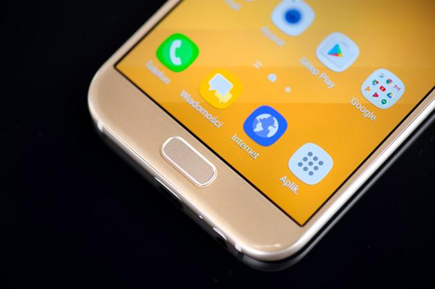 Samsung Galaxy A5 2017 - wyświetlacz Super AMOLED
